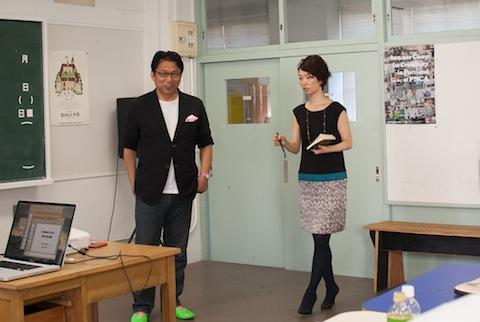 最終講義では、「未来を歩く姿勢学」(https://freedom-univ.com/lecture/good_posture.html )の篠田洋江教授をゲストに迎え、プレゼンの際の立ち居振る舞いについてのアドバイスも行われた。