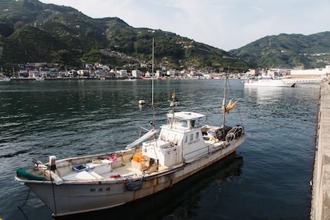 八幡浜市の港の風景