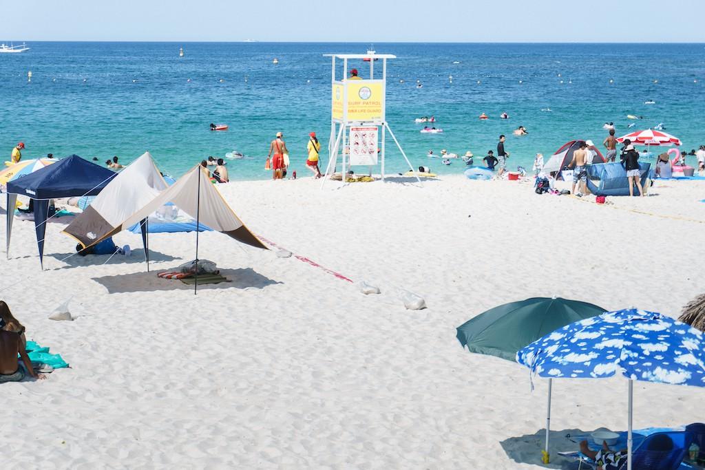8月に訪れた白浜町のビーチ「白良浜」の様子